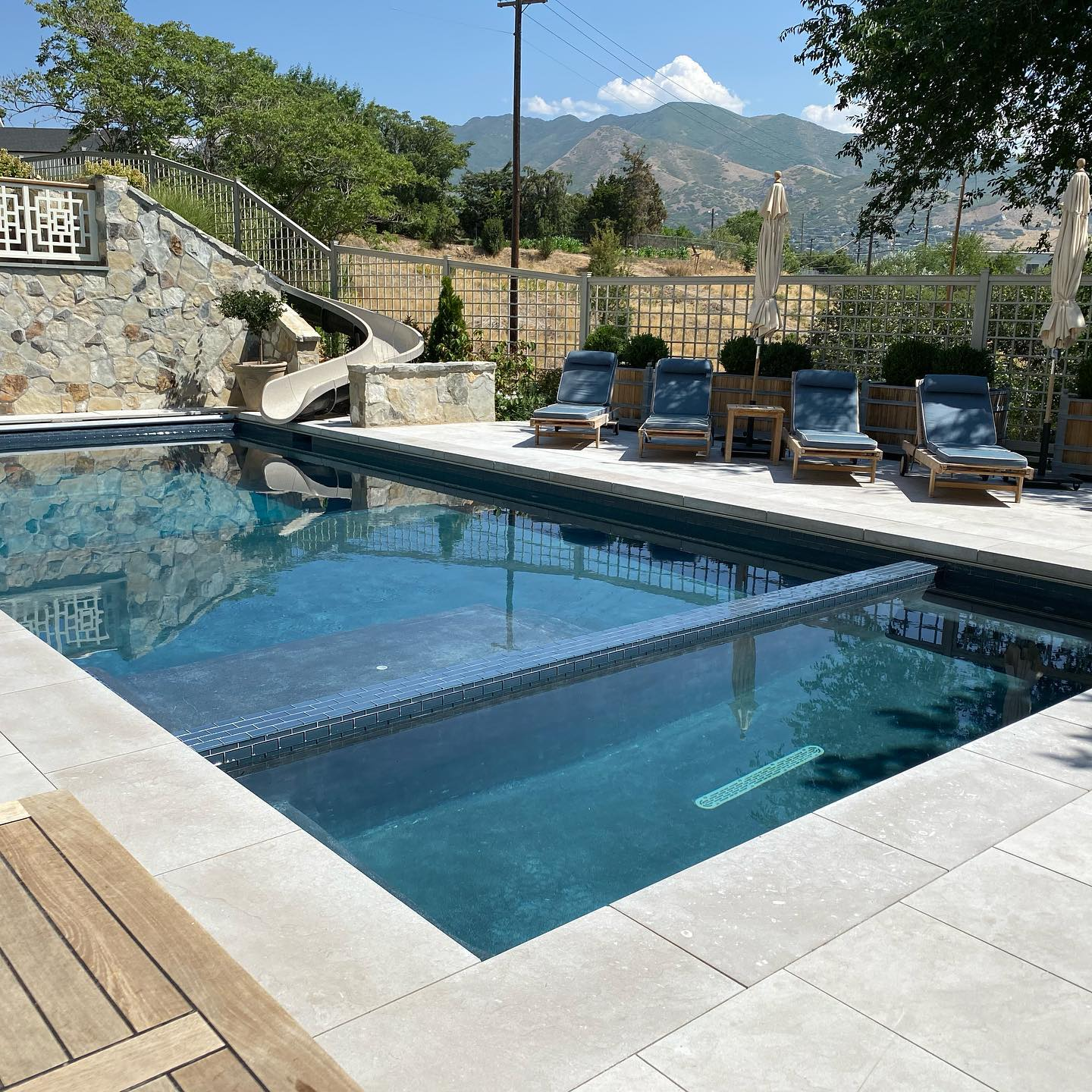 About nautica pools